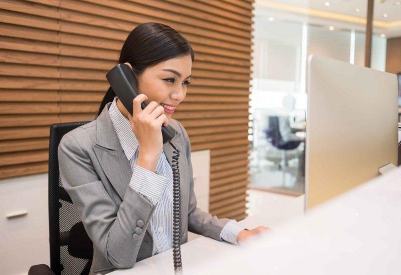 réceptionniste - housekeeping & cleaning services - spécialiste du secteur hôtelier